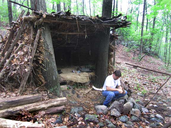 Survival Shelter Building http://www.suburbanforagers.com/workshops/survival-adventures/